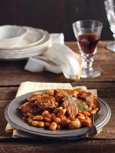 Γίγαντες στην κατσαρόλα με μοσχαράκι, Gigantes - Greek 'giant' beans with beef