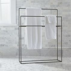 Streamlined with a hint of rustic, simple iron bath accessories outline functionality with a clean, timeless design. Free-standing rack maximizes space with two graduated hanging bars. - My Home Decor Bathroom Furniture, Bathroom Interior, Modern Bathroom, Master Bathroom, Wooden Furniture, Antique Furniture, Outdoor Furniture, Parisian Bathroom, Furniture Ideas