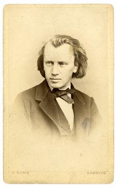 Johannes Brahms / Fotographie im Visitformat, Hamburg, 1862.