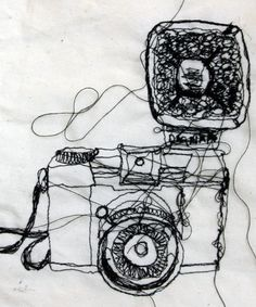 Freehand machine embroidery observational drawings - create lovely continuous line drawings!
