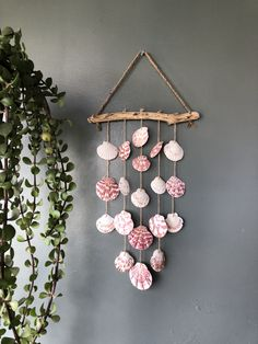 Sea Glass Crafts, Ocean Crafts, Beach Crafts, Seashell Painting, Seashell Art, Seashell Crafts, Shell Wind Chimes, Diy Wind Chimes, Diy Crafts For Girls