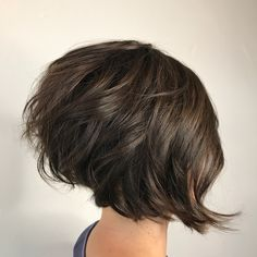 I get asked to show what haircuts look like when they are straight verses curled . Swipe to see a couple different views and finishes . . . . . . #behindthechair #americansalon #modernsalon #imallaboutdahair #beehash #nothingbutpixies #donaldscott #donaldscottnyc #kevinmurphysalon #kevinmurphy #utahsalon #utahstylist #utahhair #ogdensalon #ogdenstylist #shorthair #bob