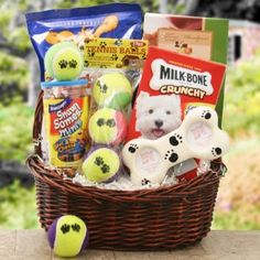 Welcome a new furry buddy home in style with the Bark Buster Gift Basket. Sure to be the delight of your favorite new pet, this basket includes plenty of treats for Fido - along with some tasty Too Good Gourmet cookies for his new humans! Theme Baskets, Themed Gift Baskets, Diy Gift Baskets, Christmas Gift Baskets, Christmas Gifts, Gift Basket Ideas, Homemade Gift Baskets, Fundraiser Baskets, Raffle Baskets