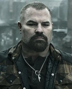 Lyle: victim 1 in the character massacre that is Season 4