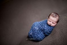 The sequence of newborn poses. Great site