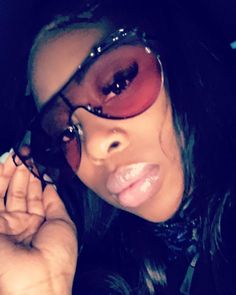 CLIENT SELFIE �������� I LOVE THESE ON YOU �� #comeshop #shadesbyrayray #baddie #insta #shaded #sunglasses #summer #spring #chicago #fashion #designer #style #dropoff #pickup #boutique #girly #retro �������� http://butimag.com/ipost/1491767020953260206/?code=BSz0jOrj9Cu