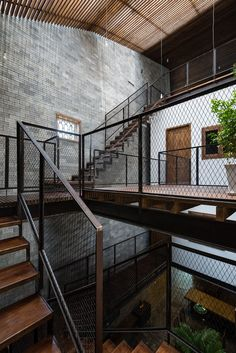 Interior Staircase Metall Wood Architects: HA Building company: Qcons Technical…