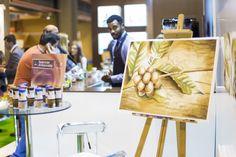 Stand corporativo Salón de Gourmets 2015. Cuadros pintados con café espresso. El arte del café.