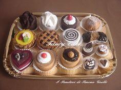 http://artigianalmente.forumattivi.com/t6363-fancy-cakes-feltro