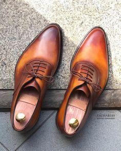 #colors #patina #bespoke #boty #shoesporn #shoesoftheday #luxuryshoes #zacharias