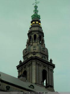 Detalle torre-edificio: Christiansborg, the Danish Parlament.Copenhague