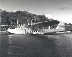 Pan Am China Clipper in Hawaii 1930s