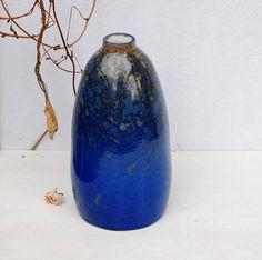 Blue crystalline pottery vase cobalt blue crystal pottery Stoneware Clay, Ceramic Vase, Crystal Growth, Key Holders, Blue Bottle, Decor Ideas, Gift Ideas, Pottery Vase, Vases Decor