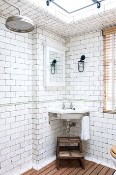 Discover small bathroom design ideas on HOUSE - design, food and travel by House & Garden. Vintage white industrial tiles in restaurant owner Keith McNally's Notting Hill family home. Bathroom Design Small, Diy Bathroom Decor, Bathroom Interior, Bathroom Ideas, Cozy Bathroom, White Bathroom, Bathroom Vintage, Bathroom Designs, Corner Sink Bathroom Small