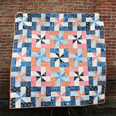 It's Beacon Quilt Pattern Release Day! Longarm Quilting, Quilting Projects, Sewing Projects, Sewing Ideas, Voyage Fabric, Art Gallery Fabrics, Quilt Kits, Merry And Bright, Pinwheels