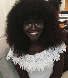 """Melanin Goddess"" Stuns the Internet With Her Beautiful Dark Skin - http://eradaily.com/melanin-goddess-stuns-internet-beautiful-dark-skin/"