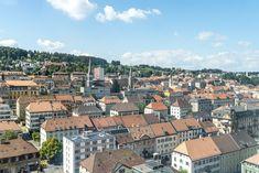 Ausflugsziele Schweiz: 99 Ideen für einen tollen Tagesausflug Skyline Von Paris, Places In Switzerland, San Francisco Skyline, Places To Visit, Panorama, Travel, Fitness Workouts, Cities, Whitewash