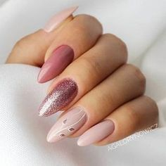 A manicure is a cosmetic elegance therapy for the finger nails and hands. A manicure could deal with just the hands, just the nails, or Gorgeous Nails, Love Nails, My Nails, Amazing Nails, Fabulous Nails, Perfect Nails, Matte Nails, Glitter Nails, Silver Glitter