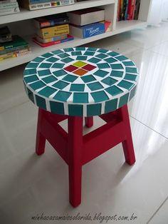 Banquinho customizado: com muita cor e muito ♥! ~ Minha Casa + Colorida
