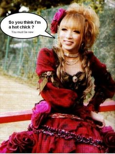 Hizaki(Versailles)  visual kei guarantee, pretty boys. Pretty much every guy's first impression of the crossdressing beauties