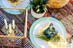 Tribal print Centerpieces, Table Decorations, Warm Autumn, Fall Weather, Tribal Prints, Place Settings, Tablescapes, Texture, Simple