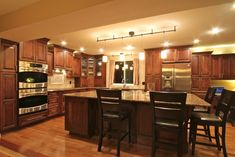 HGTV-  Cheery Dreams!-  check out all of the pictures on the beautiful kitchen....absolutely perfect!