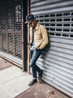 Mens cowboy hats, cowboy outfits, clarks desert boots men, clarks boots, me Men's Fashion, Mens Boots Fashion, Fashion Ideas, Fashion Styles, Fashion Inspiration, Cowboy Outfits, Outfits With Hats, Cowboy Outfit For Men, Casual Outfits