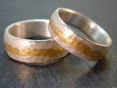 Trauringe *LEBENSFLUSS* gehämmert von MARLUNA auf DaWanda.com Fancy, Rings For Men, Wedding Rings, Engagement Rings, Accessories, Jewelry, Rings, Unique Wedding Rings, Men Rings
