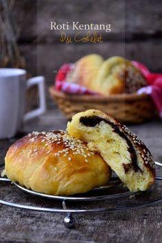 Roti Kentang Isi Cokelat