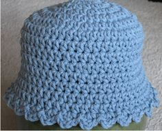 Baby blue Hat free crochet pattern