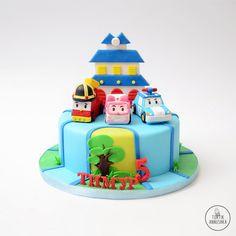 Cupcake Birthday Cake, 4th Birthday, Robocar Poli, Cartoon Cookie, Making Fondant, Gum Paste, Yummy Cakes, Cake Toppers