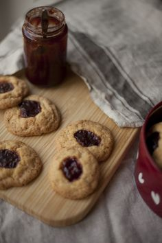 Recreating childhood with jam splodge cookies!