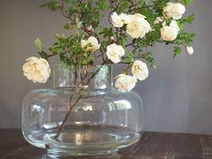 Marimekko Beautiful Flowers Pictures, Flower Pictures, Marimekko, Rustic Kitchen, Glass Vase, Cool Designs, About Me Blog, Colours, Shapes