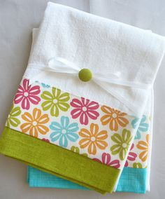 Kitchen+towels+daisy+teal+green+orange+and+by+SeamlessExpressions,+$26.00