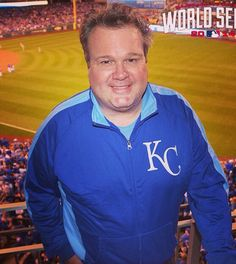 Eric Stonestreet is in the HOUSE. Loves the Royals