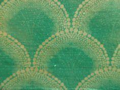 Merel Huizenga  Voor dag twee van het #synchroonkijken fotografeerde ik het stippen patroon van een zelfgemaakt dienblad.