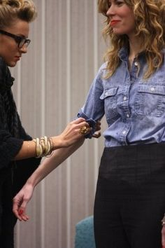 Tips from a J. Crew stylist... How to roll sleeves, wear scarves, etc.