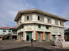 Casa Byzantina Philippine Houses, Mansions, House Styles, Home Decor, Philippines, Houses, Decoration Home, Manor Houses, Room Decor