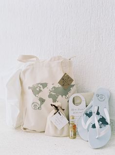 """Unique Welcome Gifts. Nothing says """"We're ready to get this party started"""" than wedding welcome gifts for your guests. Whether you've invited out-of-towners or you're hosting a destination wedding, these Wedding Welcome Gifts, Wedding Gift Bags, Wedding Favors Cheap, Brazilian Wedding, Destination Wedding Favors, Wedding Souvenir, Romantic Wedding Inspiration, Wedding Ideas, Wedding Venues"""