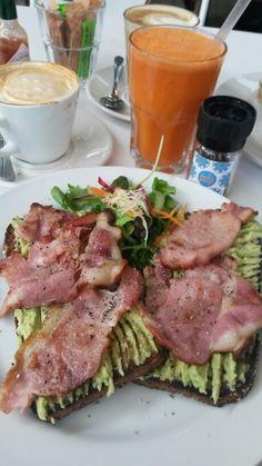 Breakfast at Pulp