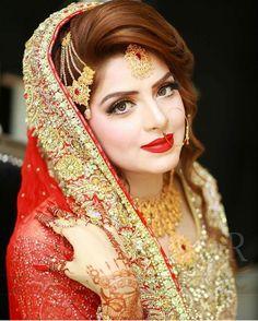 Pakistani Bridal Makeup Tips & Tricks to Look Gorgeous 1 Bridal Makeup Tips, Wedding Day Makeup, Bridal Makeup Looks, Bride Makeup, Bridal Beauty, Bridal Looks, Wedding Bride, Wedding Wear, Wedding Couples