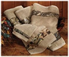 Camouflage Bath Towels - RealTree. For the guest bathroom.