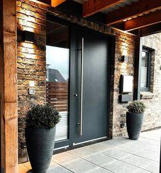 Modern Entrance Door, Modern Exterior Doors, Home Entrance Decor, House Entrance, Exterior Design, Main Door Design, Entrance Design, Front Door Design, Dream Home Design
