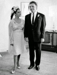 Elizabeth Taylor and Richard Burton, 1964. vintage everyday: 40 Cool Vintage Photos of Celebrity Weddings