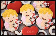 День Святого Валентина на Sees All Colors: Расписные пряничные сердечки от Lila Loa