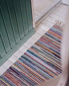 Anki Rugs - colourful design - Custom handmade rugs since yarnprojects