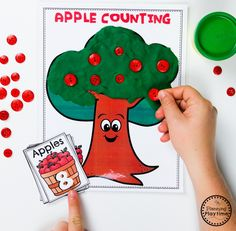 Apple Tree Counting Game for Preschool Art Center Preschool, Preschool Apple Theme, Apple Activities, Preschool Colors, Fall Preschool, Preschool Worksheets, Preschool Activities, Business For Kids, Apple Tree
