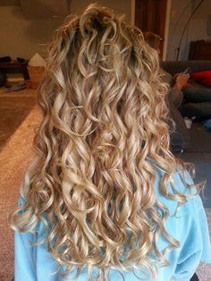 Blonde, long, spiral, curls