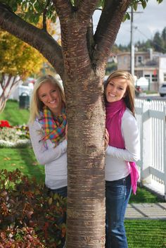 This would be a cute senior pic with my best friend