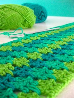 Really easy stitch. Beautiful color pattern